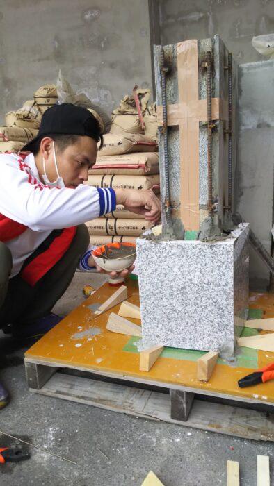ベトナム実習生 石張り試験練習